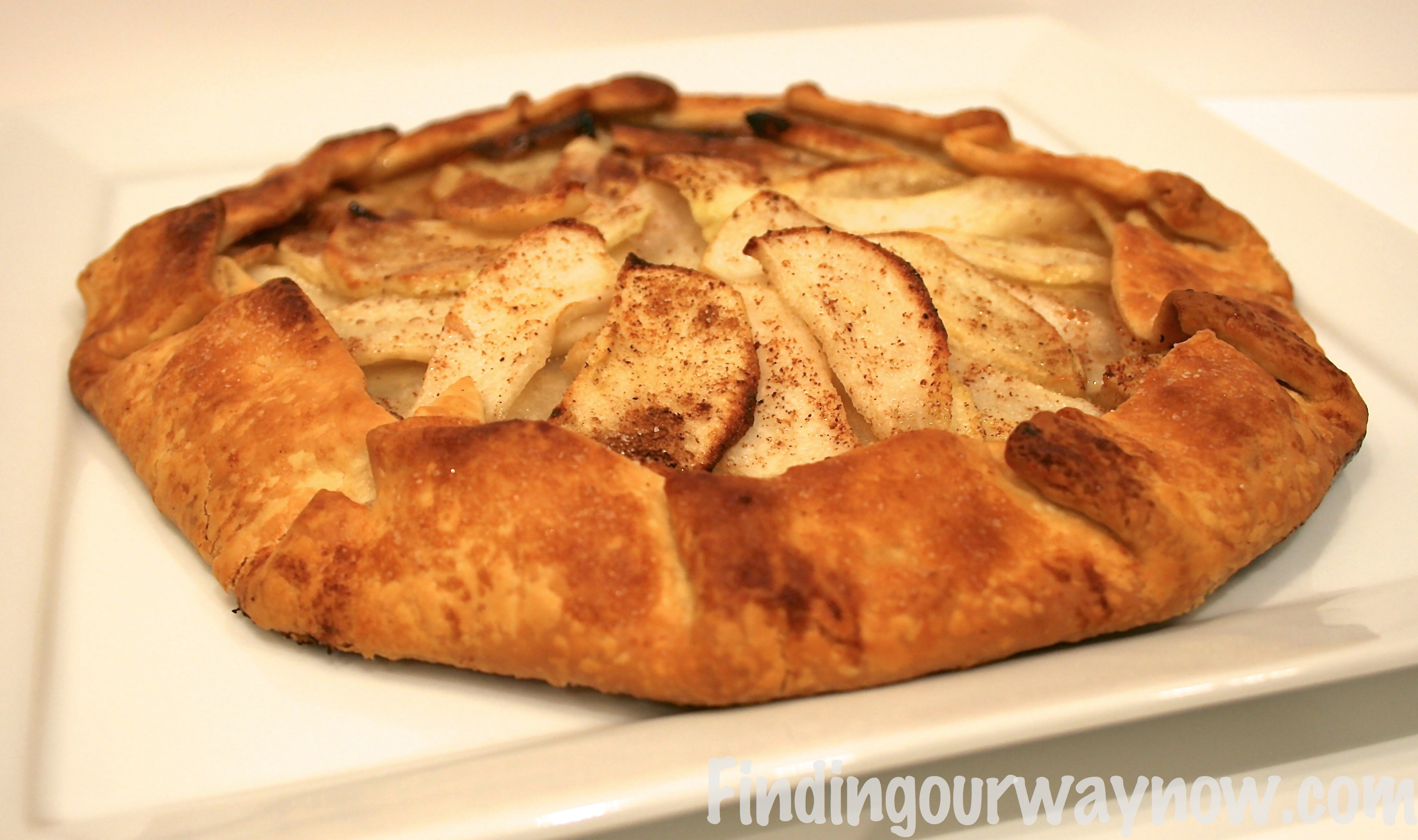 Rustic apple pear tart recipe finding our way now for Apple pear recipes easy