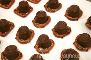 Pretzel Pecan Candy Treats, findingourwwaynow.com