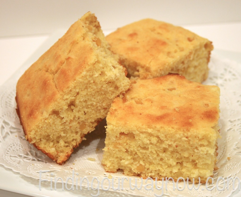 Easy Cornbread: Recipe - Finding Our Way Now