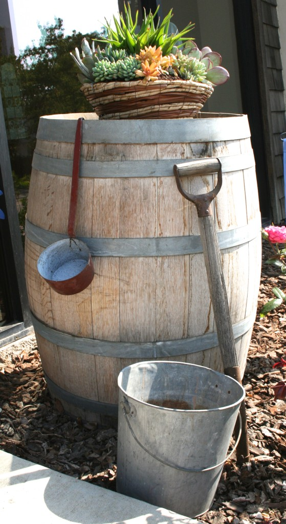 Wine Barrell Outside Tasting Room, findingourwaynow.com