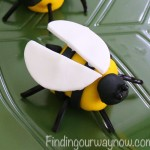 Marshmallow Bumblebees, findingourwaynow.com