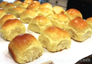Old Fashioned Yeast Rolls, findingourwaynow.com
