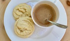 Amish Sugar Cookies, findingourwaynow.com