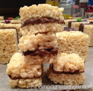 Rice Crispy Treats Bites, findingourwaynow.com