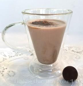 White Chocolate Mocha Cocktail, findingourwaynow.com