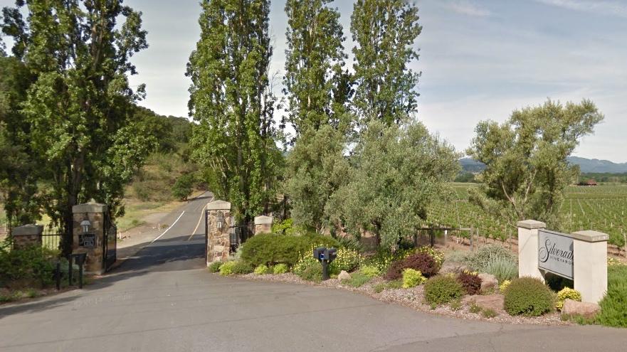 Silverado Vineyards Entrance, findingourwaynow.com