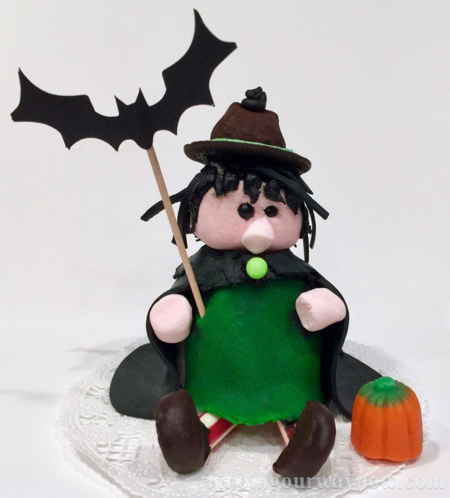 Marshmallow Halloween Witches, findingourwaynow.com