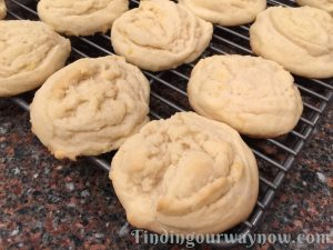 Amish Sugar Cookies, findingourwaynow.com